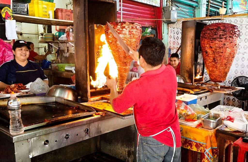 What to eat in Merida: al Pastor tacos