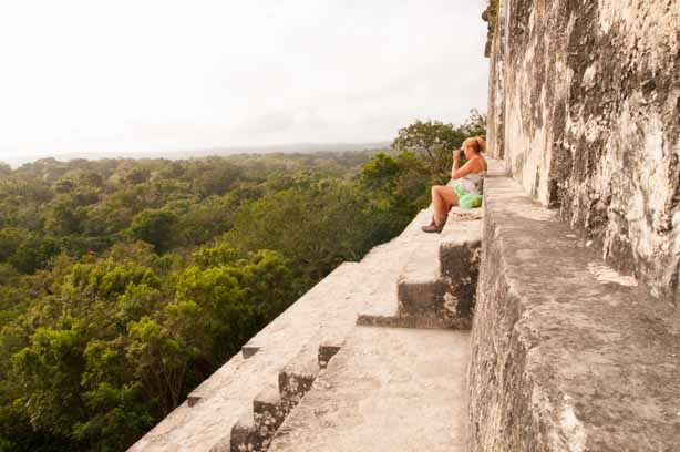 Watching the jungle come alive atop on Mundo Perdido