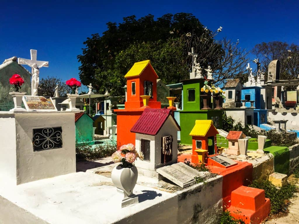 Things to do in Merida: Panteon Florido cemetery