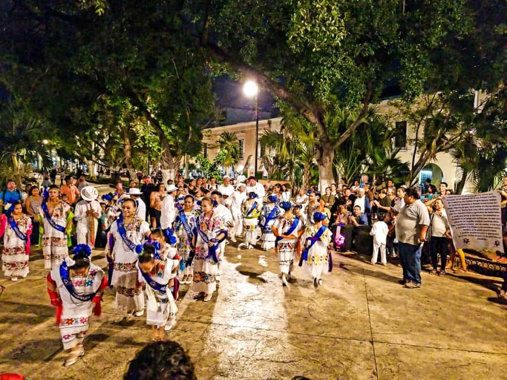 Things to do in Merida: Watch traditional dance