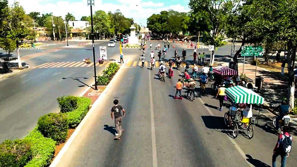 Paseo Montejo Bici-Ruta Merida Mexico