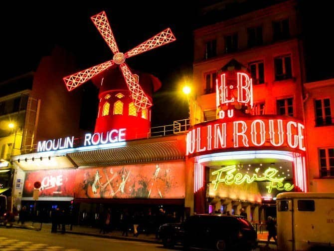 Moulin Rouge Paris in 48 hours