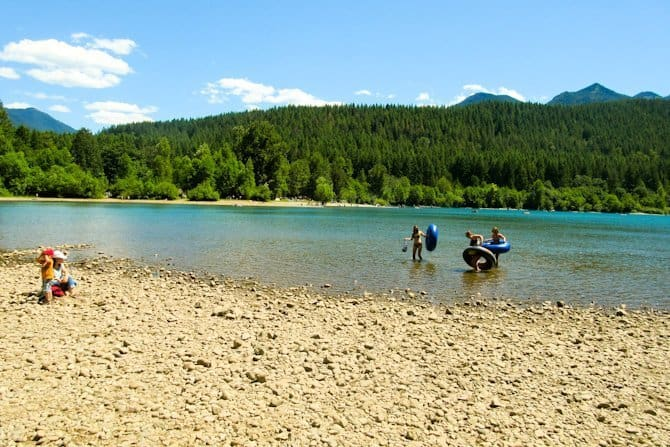 Rattlesnake Ledge Mountain beach