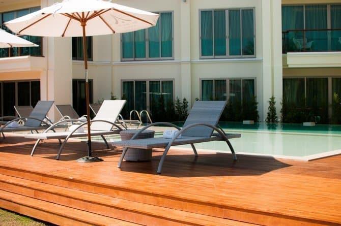 Chiang Mai Riverside Hotel pool