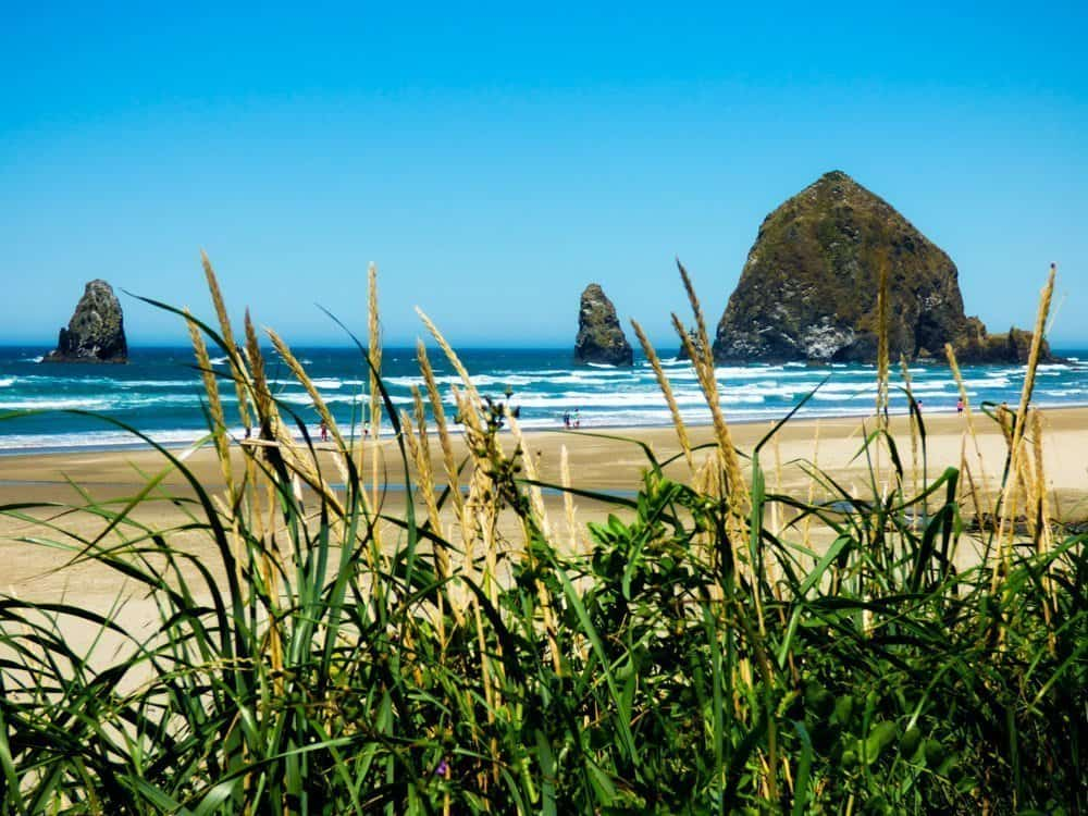 Cannon Beach, Coastal towns of Oregon