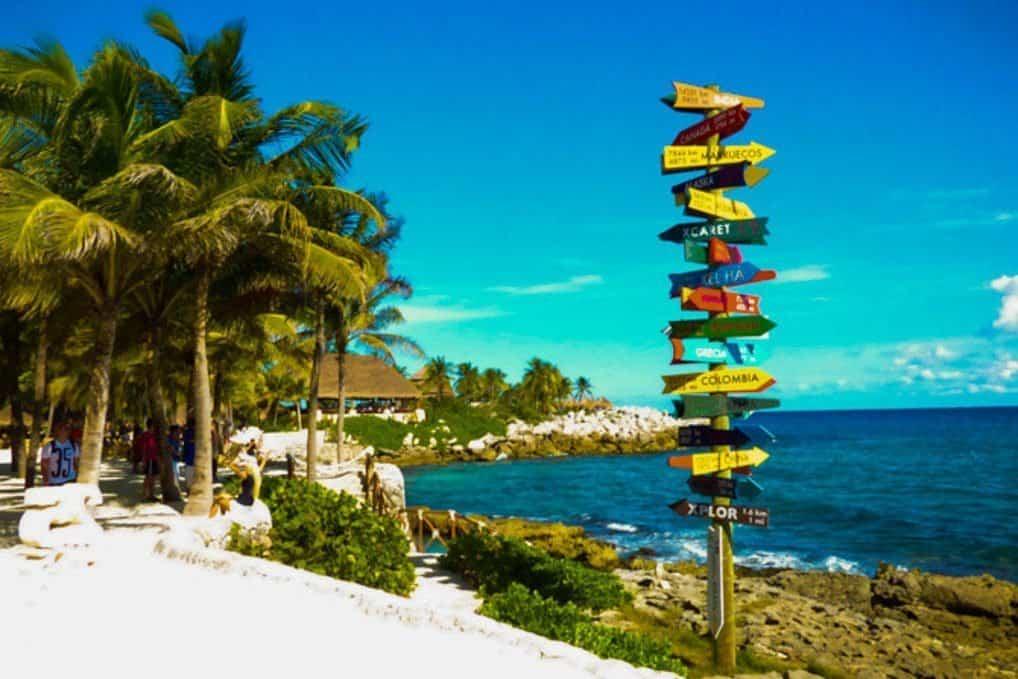 Xcaret Park Playa del Carmen: Puerto Vallarta vs Playa del Carmen