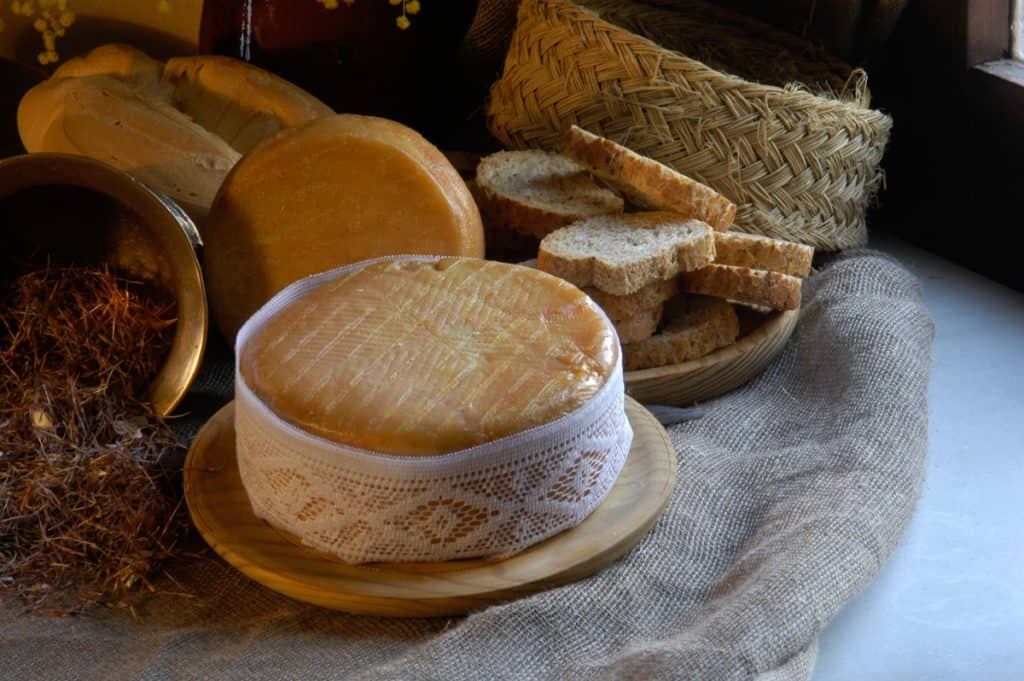 Extremadura Spain: Torta del Casar cheese