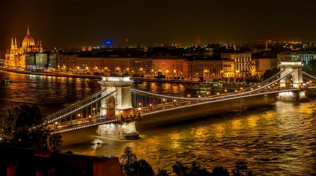 Unusual things to do in Budapest at night