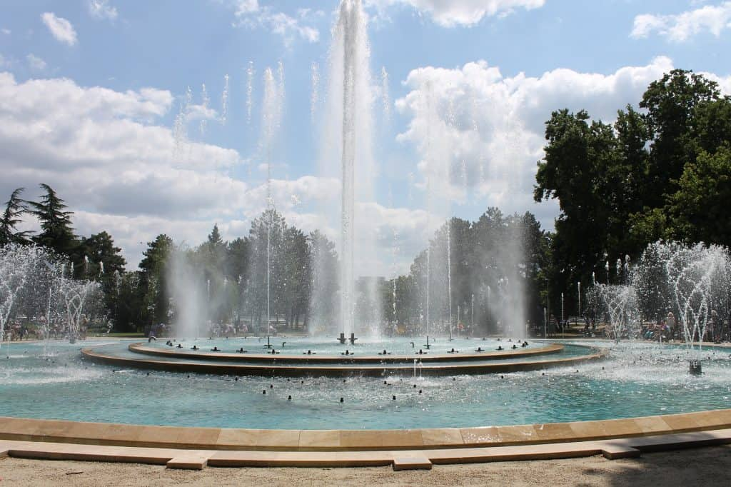Fun things to do in Budapest: Margaret Island fountain