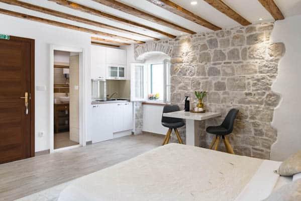 Studio apartment Airbnb in Split Croatia