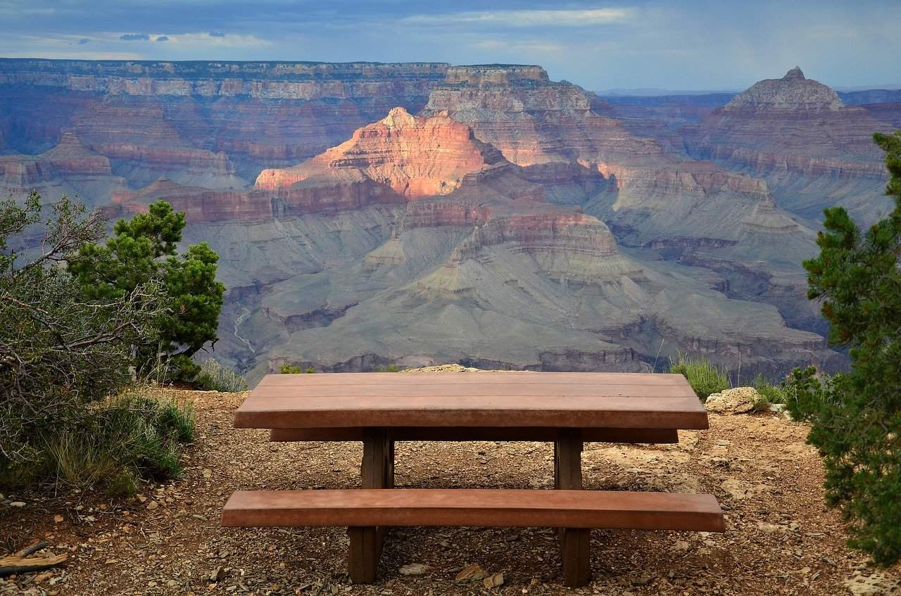 Picnic table overlooking the Grand Canyon
